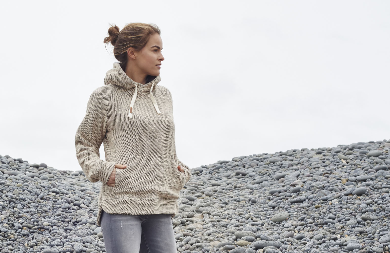womens knitted hoodie
